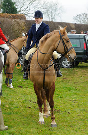 Holly Campbell - The Cottesmore Hunt at Hill Top Farm 10/12/13