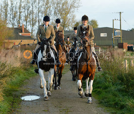 Julia Hallam-Seagrave, Bee Bell leaving the meet - The Cottesmore Hunt at the kennels 21/10