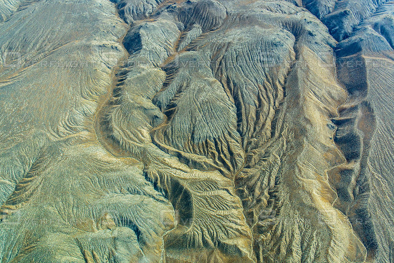 Eroding Pattern in Sediments in a Nevada Mountain Range Create Drainage Patterns