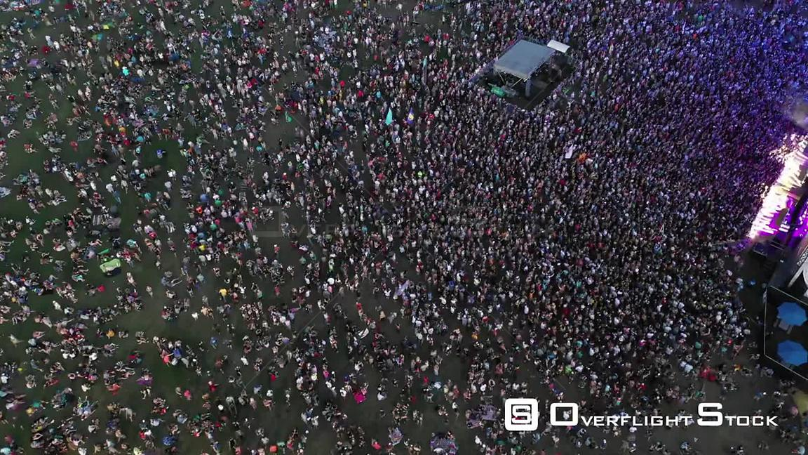 TimeLapse of a Large Crowd at a Music Festival