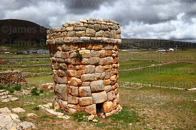 Archaeological Sites - Puno Region photographs