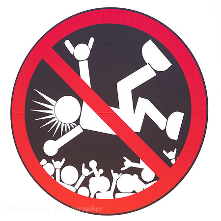 No crowdsurfing sign