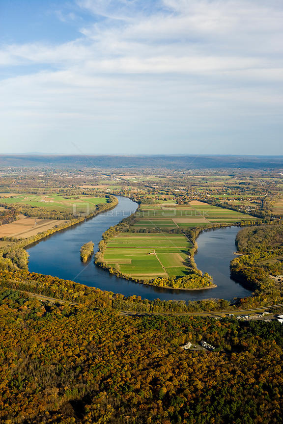 Aerial view of a meander in the Connecticut River, farmland and woodlands, Hadley, nr Northampton, Massachusetts, USA, November 2007