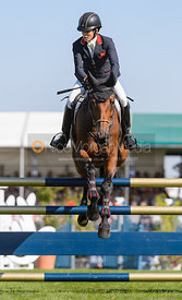 Sarah Bullimore and REVE DU ROUET, showjumping phase, Land Rover Burghley Horse Trials 2018