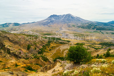 Mt St Helens-seen from the National Volcanic Monument