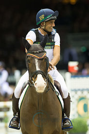Bordeaux, France, 2.2.2018, Sport, Reitsport, Jumping International de Bordeaux - DEVOUCOUX Indoor Derby. Bild zeigt Albert HERMOSO FARRAS (ESP) riding Nereo CP...2/02/18, Bordeaux, France, Sport, Equestrian sport Jumping International de Bordeaux - DEVOUCOUX Indoor Derby. Image shows Albert HERMOSO FARRAS (ESP) riding Nereo CP.