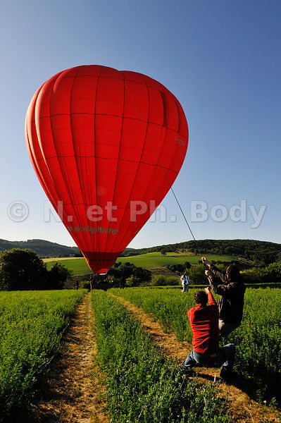 MONTGOLFIERE, DORDOGNE, FRANCE//France, Perigord, Dordogne, Hot Air Balloon
