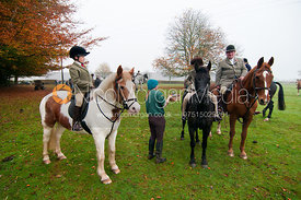The Cottesmore Hunt at Ashwell 5/11/11