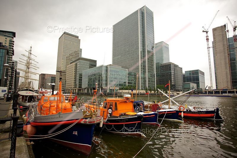 RNLB John and Frances MacFarlane and others Preparing for the River Pageant