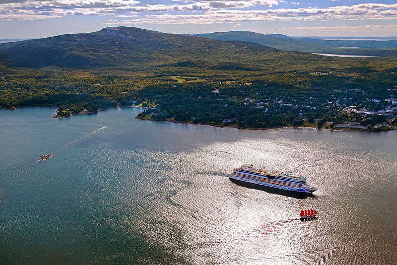 Bar_Harbor_Exhibit_w_Ship_Cruise_small_upload_Acadia_Aerial_-11-10___034