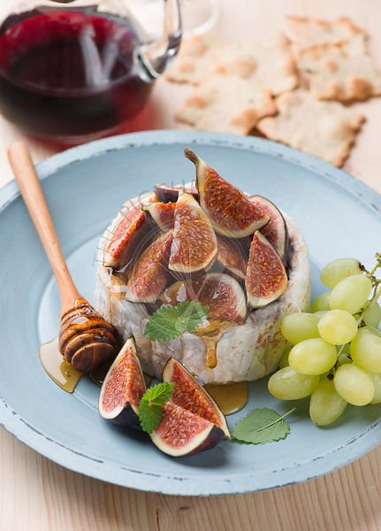 camembert cheese and figs