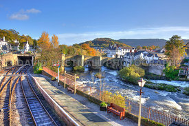 Llangollen Station, Bridge & River Dee (Autumn)