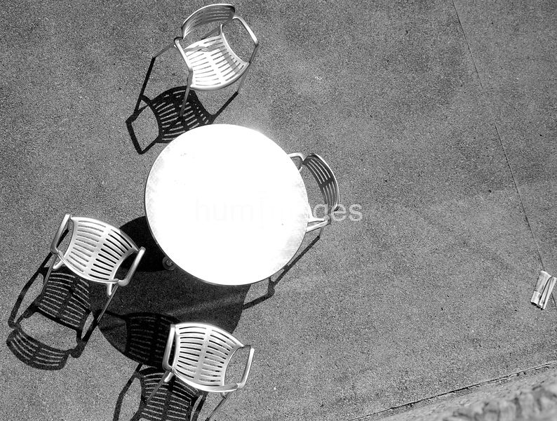 Table and four chairs (aerial view)