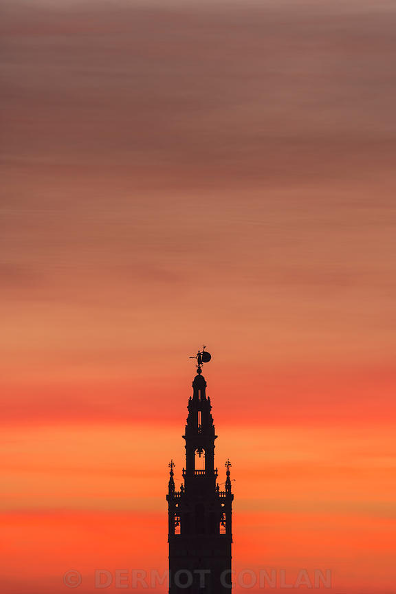 GIRALDA WITH RED SKY SEVILLE