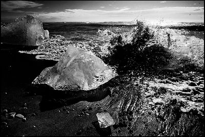 Ice floes, waves and black sand, Iceland 2015 © Laurent Baheux
