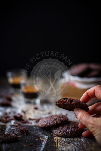 Delicious gluten free cookies with bittersweet chocolate and chai tea