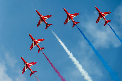Red Arrows 'Enid' five ship