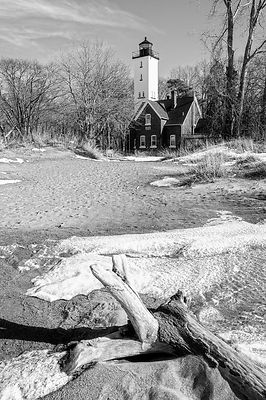 Presque Isle Lighthouse (B&W)- Erie, PA