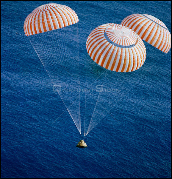 PACIFIC OCEAN -- 1:24:59 PM (CST) 19 Dec 1972 -- The Apollo 17 Command Module (CM), with astronauts Eugene A Cernan, Ronald E Evans and Harrison H Schmitt