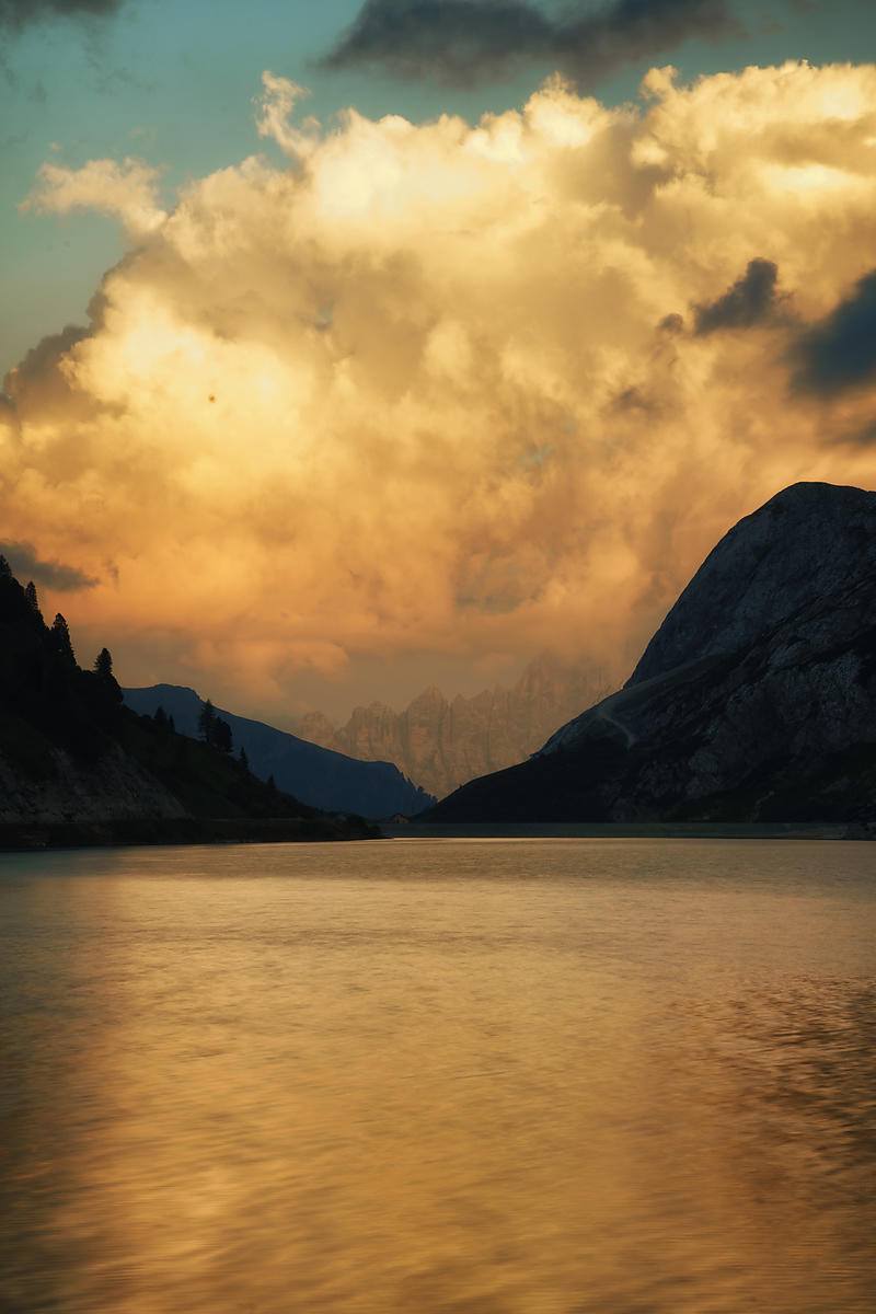 Lago di Fedaia Sunset