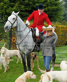 Andrew Osborne, Trish Ruddle at the meet - The Cottesmore at Langham.
