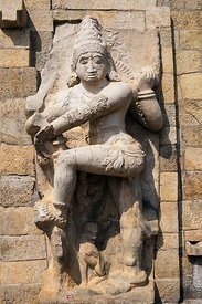 Inde, Tamil Nadu, Gangaikondacholapuram, le Temple Sri Pragadheswarar (ou Temple de Gangaikondacholapuram), temple dédié à Shiva, classé Patrimoine Mondial de l'UNESCO, sculpture en pierre // India, Tamil Nadu, Gangaikondacholapuram, Sri Pragadheswarar Temple (or Gangaikondacholapuram Temple), Temple dedicated to Shiva, listed as World Heritage by UNESCO, stone sculpture.