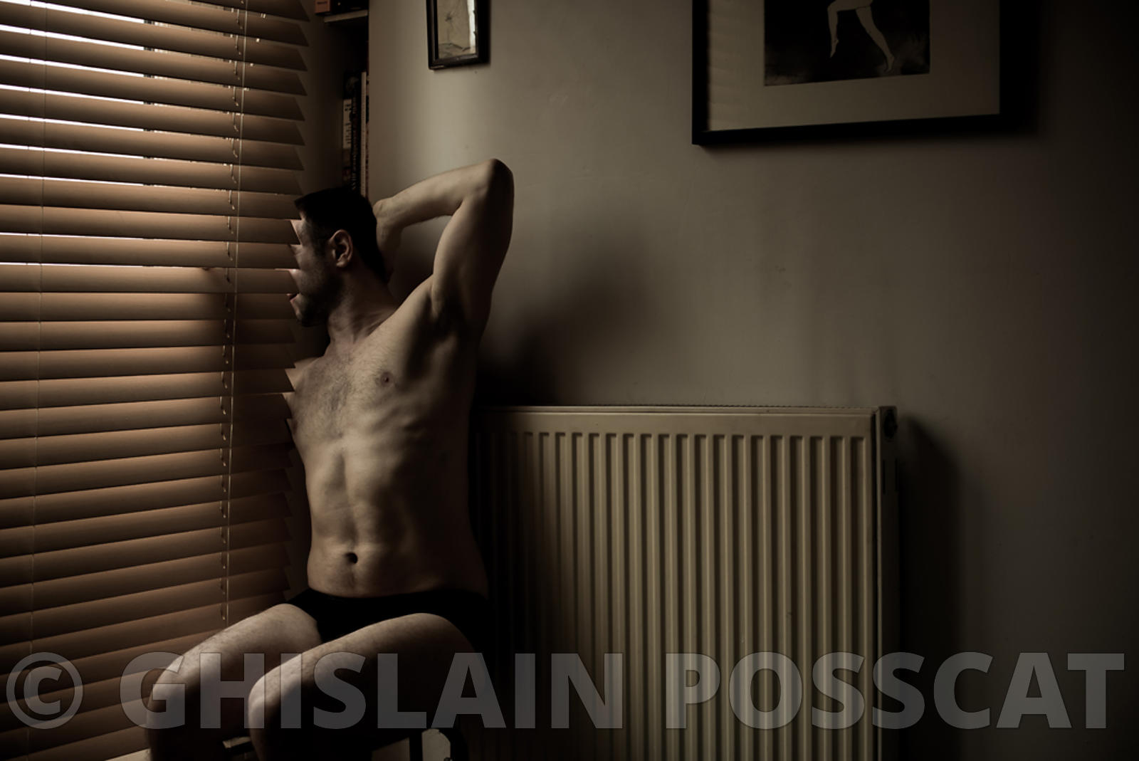 Photo shooting for nude men in Paris 11