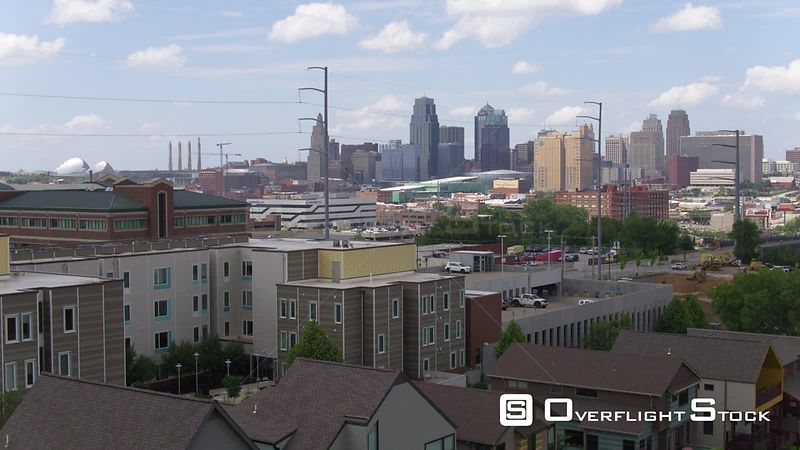 Street Scene with Reveal of Downtown Kansas City Missouri