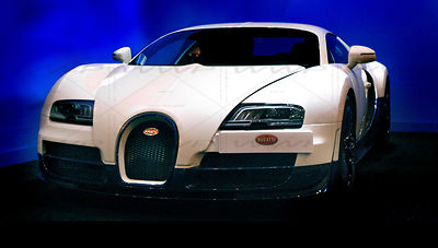 Bugatti Veyron Art Photographs