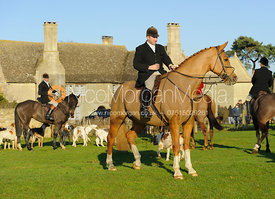 Russell Cripps at the meet - The Cottesmore Hunt at Barholm 29/12
