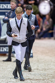 Bordeaux, France, 3.2.2018, Sport, Reitsport, Jumping International de Bordeaux - LONGINES FEI WORLD CUP™ JUMPING. Bild zeigt Gudrun PATTEET (BEL) riding Sea Coast Pebbles Z (5*)...3/02/18, Bordeaux, France, Sport, Equestrian sport Jumping International de Bordeaux - LONGINES FEI WORLD CUP™ JUMPING. Image shows Gudrun PATTEET (BEL) riding Sea Coast Pebbles Z (5*).
