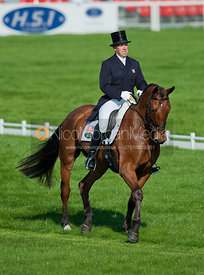Buck Davidson (USA) and Ballynoe Castle RM - Dressage