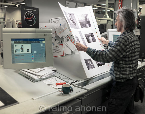 Unto prints the photobook of Raimo photos