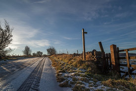 Frozen road to Great Longstone