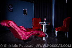 fauteuils rouges 2 club libertin pour shooting photo