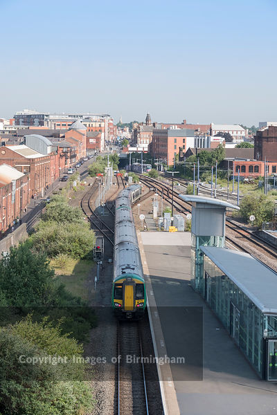 A train approaching Snow Hill train station, Birmingham