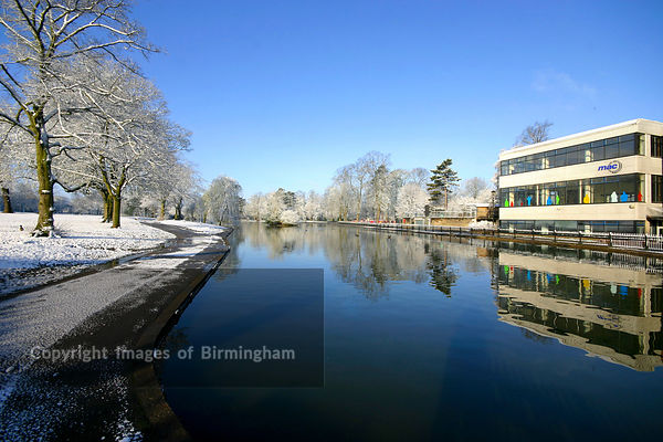 Cannon Hill Park, Birmingham. Under snow.  England UK.  MAC Gallery, and arts centre.