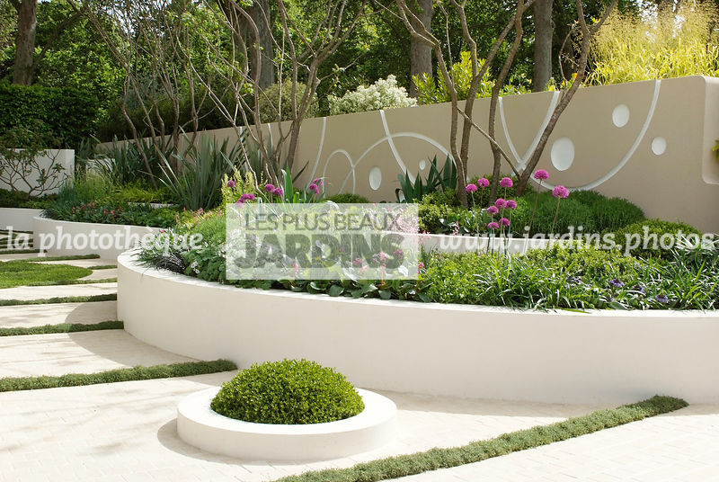 La phototh que les plus beaux jardins jardin contemporain jardin design massif sur lev - Jardin design contemporain ...