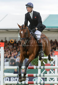 William Fox-Pitt and PARKLANE HAWK - show jumping phase, Burghley Horse Trials 2013.