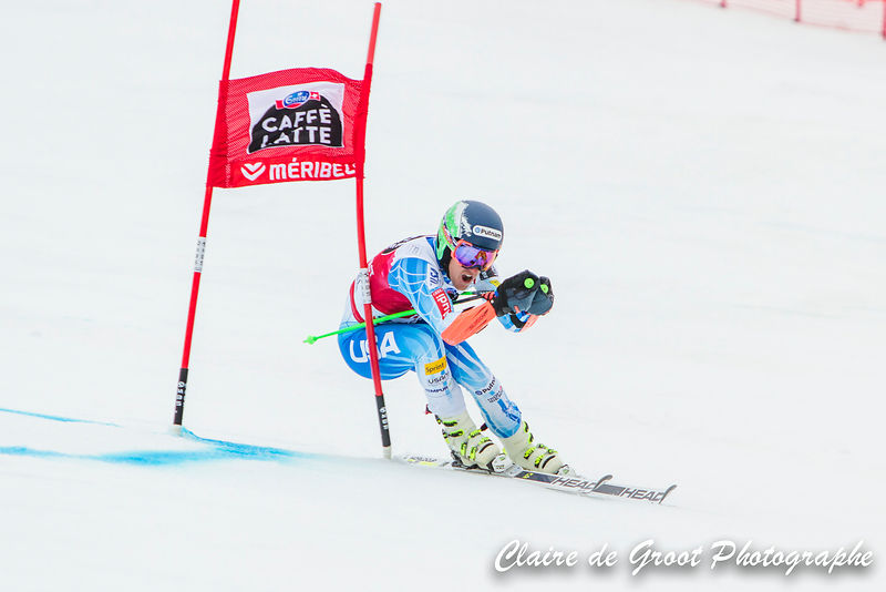 USA Ted Ligety brushes past a gate on his way down the Giant Slalom course.