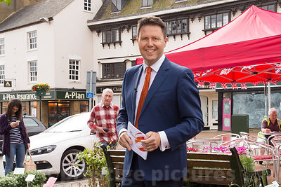 Jon Kay at Banbury market as he presents the BBC Breakfast Show