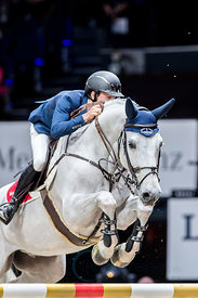 Zurich, Switzerland, 27.1.2018, Sport, Reitsport, Mercedes-Benz CSI Zurich - Art on Ice Championat. Bild zeigt Bertram ALLEN (IRL) riding GIN CHIN VAN HET LINDENHOF...27/01/18, Zurich, Switzerland, Sport, Equestrian sport Mercedes-Benz CSI Zurich - Art on Ice Championat. Image shows Bertram ALLEN (IRL) riding GIN CHIN VAN HET LINDENHOF.