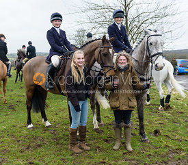 Amelia Leeming, Hermione Brooksbank, Isobel McEuen at the meet at Ladywood Lodge