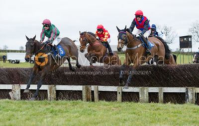 Race 3 - Connolly's Red Mills Intermediate photos