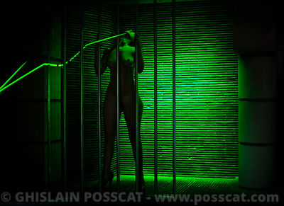 nude in discotheque green cage