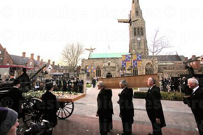 Pall Bearers Carry Richard III's Coffin
