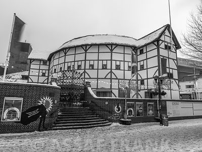 Globe Theatre photos