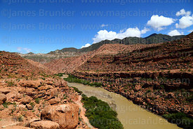 View along River Tumusla valley near La Palca Grande, Nor Cinti, Chuquisaca Department, Bolivia