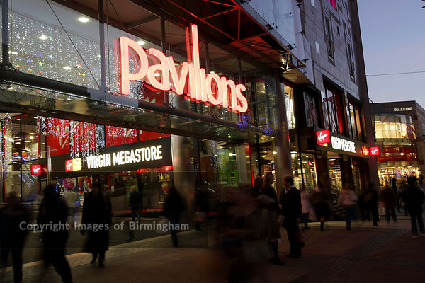 Birmingham City Centre. Retail outlets at Christmas time. The Pavillions Shopping Centre
