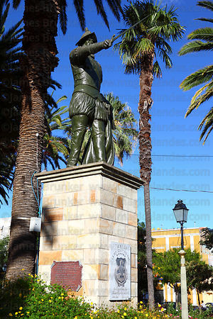Statue of General Luis de Fuentes in main square, Tarija, Bolivia